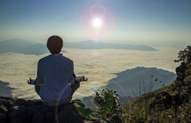 Feng Shui de l'Humain : Activez votre énergie avec la lumière universelle.