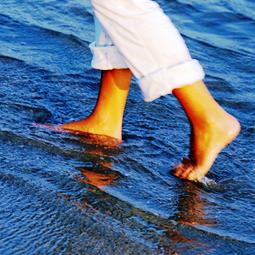Bain de pieds, Huiles essentielles, Bien prendre soin de soi.